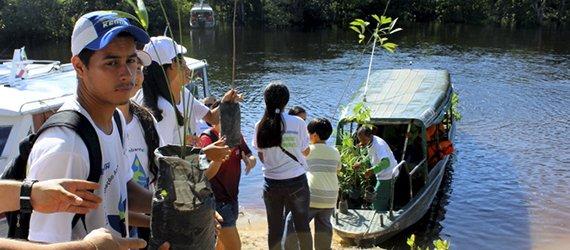 Comunidade Nova Esperança recebe curso de compostagem orgânica