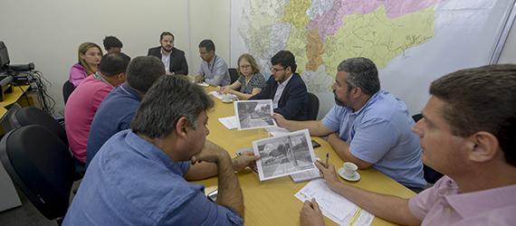 Ciclistas e prefeitura discutem retomada do projeto da ciclovia Boulevard/Marina do Davi