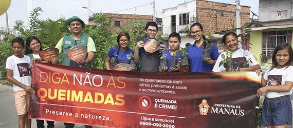 Pedágio Ambiental atrai crianças, adolescentes e idosos no bairro Crespo