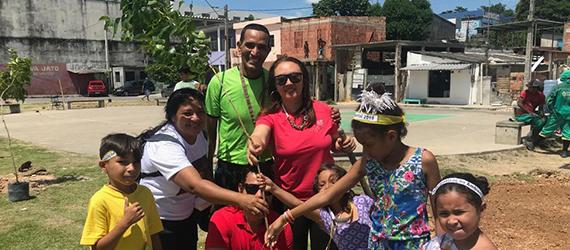 Moradores do Crespo recebem atividades de educação ambiental