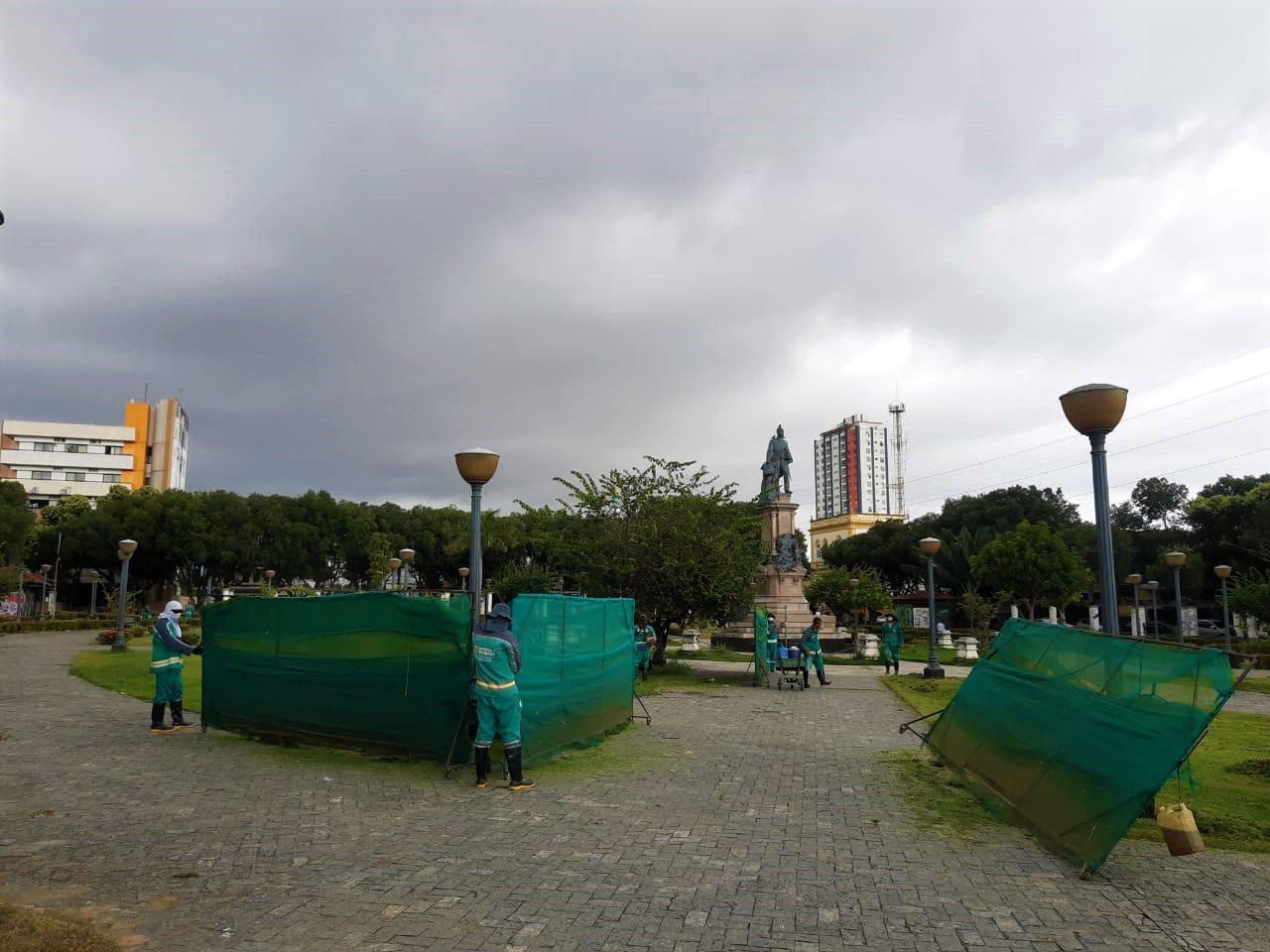 Programa ambiental 'Manaus Verde' realiza ações na praça da Saudade