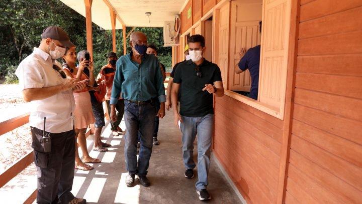 David Almeida inaugura centro comunitário na Reserva de Desenvolvimento Sustentável do Tupé