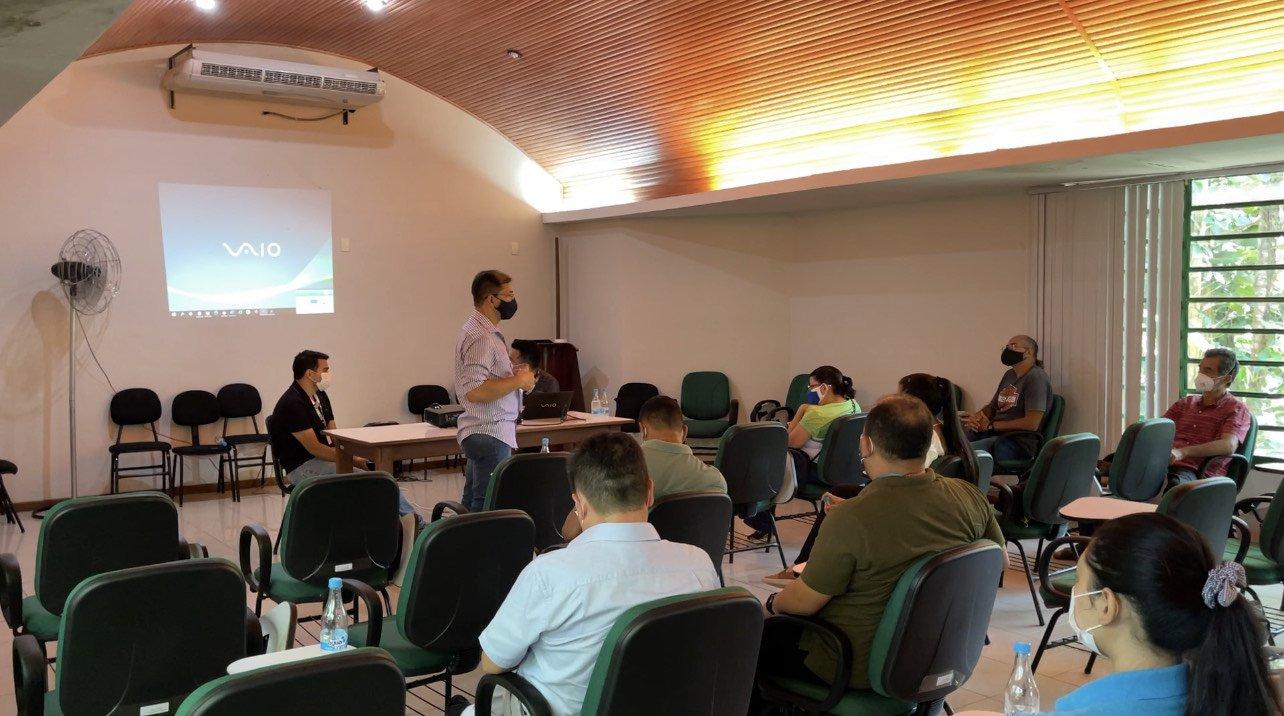 Prefeitura realizou 1ª reunião do 'Arborizando Manaus' para fortalecer ações de meio ambiente que devem ser implementadas